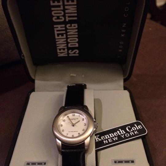 Kenneth Cole Image 8