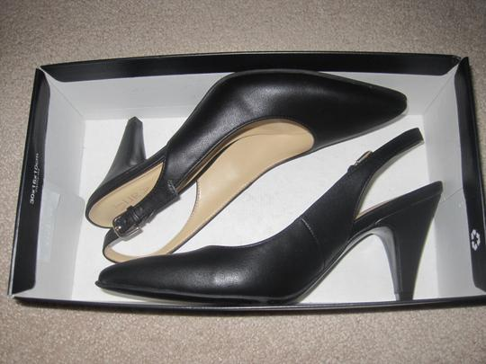 Naturalizer Black Pumps Image 2