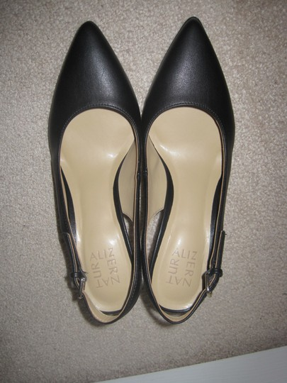 Naturalizer Black Pumps Image 6