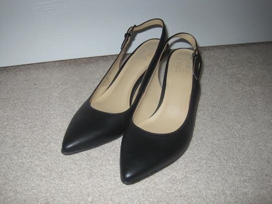 Naturalizer Black Pumps Image 8