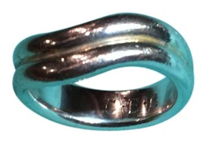 Tiffany & Co. Tiffany & Co. curved silver ring