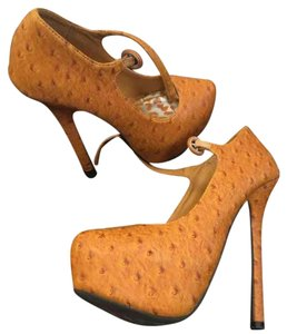 Dollhouse Yellow/orange w Black Platforms