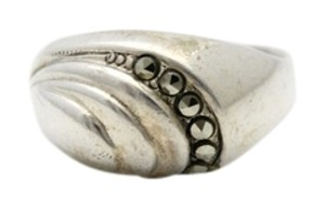 Cellini Vintage Cellini Sterling Silver & Marcasite Fluted Sea Shell Ring. Size 5