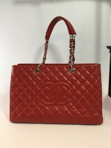 Chanel Grand Shopping Tote in Red