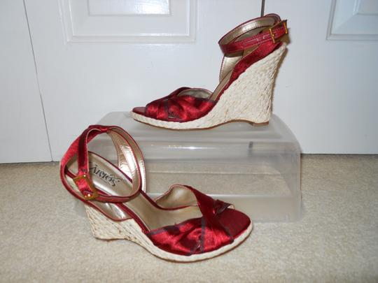 Carlos by Carlos Santana ruby red Sandals Image 1