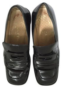 Gucci Black Leather Flats