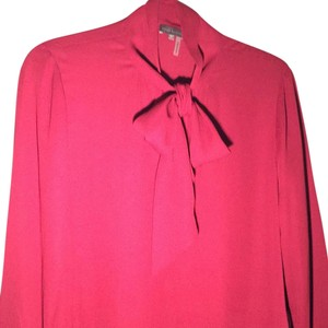 Vince Camuto Top Cranberry
