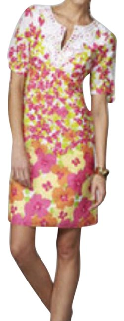 Preload https://img-static.tradesy.com/item/15252277/lilly-pulitzer-floral-andover-knee-length-short-casual-dress-size-4-s-0-4-650-650.jpg