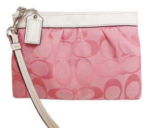 Coach Leather Wristlet in Light Pink