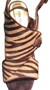 Nine West Giraffe black and tan Mules