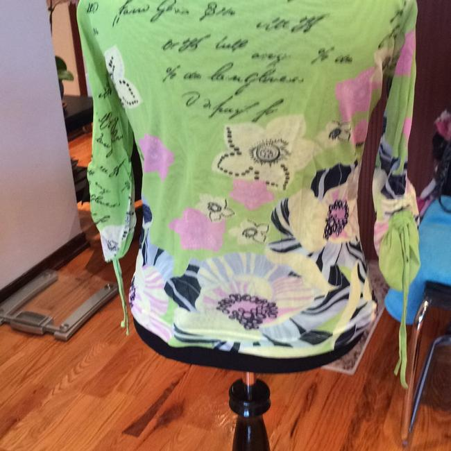 Bianca Top GREEN with FLORAL Image 3