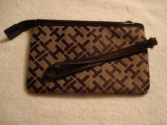 Tommy Hilfiger Wristlet in Brown/Tan Image 1