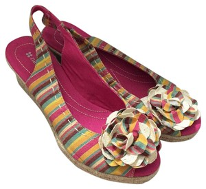 Naturalizer Multi-colored Wedges