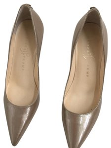 Ivanka Trump Gold Metallic Leather Brown beige color Pumps