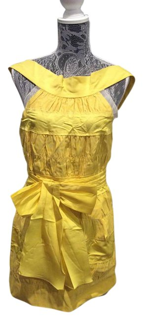 Preload https://img-static.tradesy.com/item/15258310/marc-jacobs-yellow-above-knee-cocktail-dress-size-8-m-0-1-650-650.jpg