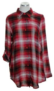 Chloe K Olaid Tunic Tab Sleeve Button Down Shirt Red Multi