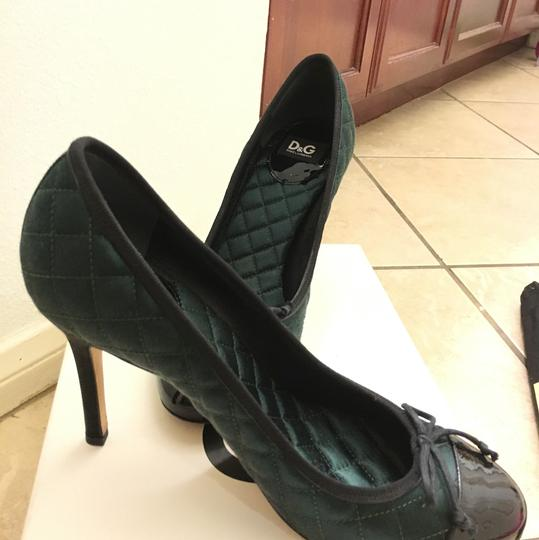 Dolce&Gabbana D&g Dolceandgabanna Evening Classic peacock green with black patent leather Pumps Image 2