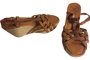 Lucky Brand Strappy Brown Wedges
