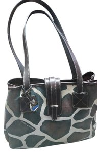 Dooney & Bourke & Handbag Shoulder Bag