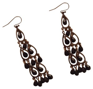 Unknown Long gold and black earrings