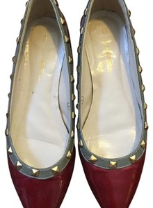 C Label Red Flats