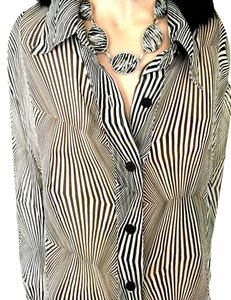 VC Collection Top Black and White Psychedelic Blouse