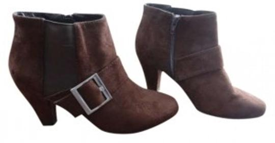 Preload https://item1.tradesy.com/images/chocolate-brown-fashion-bootsbooties-size-us-75-152645-0-0.jpg?width=440&height=440