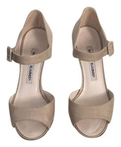 Manolo Blahnik Neutral Sand Pumps