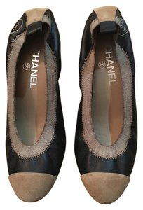 Chanel Stretch Spirit Pump Black and Taupe Pumps