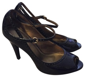 Linea Paolo Black Pumps