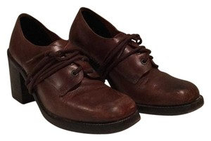 Charles David Dark brown leather Pumps