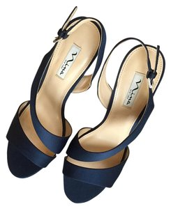 Nina Shoes Navy Blue Pumps