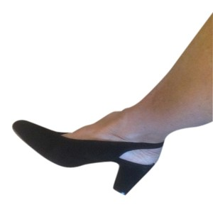Thierry Rabotin Designer Sling Women's Size 12 Classic With An Edge Medium Heel Height Worn Once No Wear Visible Comfortable Walkable Black suede Pumps