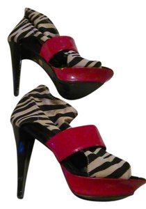 Bumper Red and Black zebra Boots