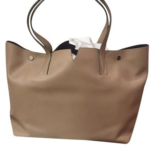 Vince Leather Tote in Cream