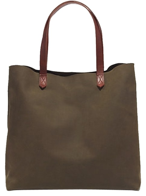 Item - The Transport In Matte Finish Olive Green Leather Tote