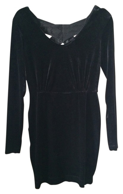 Preload https://img-static.tradesy.com/item/1527874/bcbgeneration-black-309009401-cocktail-dress-size-4-s-0-0-650-650.jpg