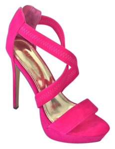 Liliana Fuchsia Platforms