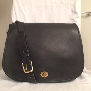 Coach Vintage Leather Cross Body Travel/weekend Black Messenger Bag