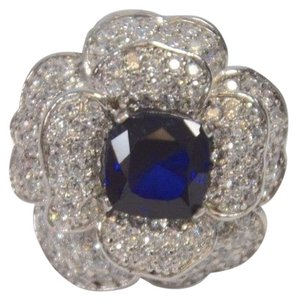 DESIGNER QUALITY 925 SILVER CUBIC ZIRCONIA FLOWER CENTER RING SIZE 6