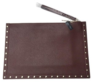 White House | Black Market Brown Clutch