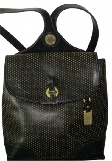 Preload https://item1.tradesy.com/images/dooney-and-bourke-black-leather-backpack-152860-0-0.jpg?width=440&height=440