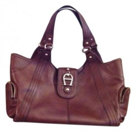 Preload https://item4.tradesy.com/images/etienne-aigner-brown-leather-tote-152868-0-0.jpg?width=440&height=440