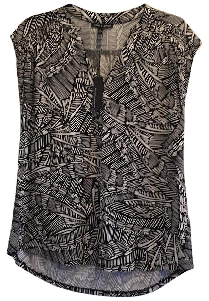 a04ed28def2fdf Cable   Gauge Black and White Sleeveless High Low Abstract Print Blouse