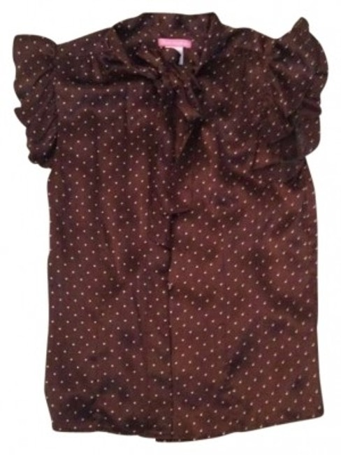 Preload https://item4.tradesy.com/images/brown-blouse-size-0-xs-152883-0-0.jpg?width=400&height=650
