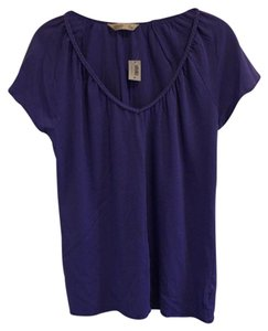Old Navy Pet And Smoke Free V-neck T Shirt Lavender