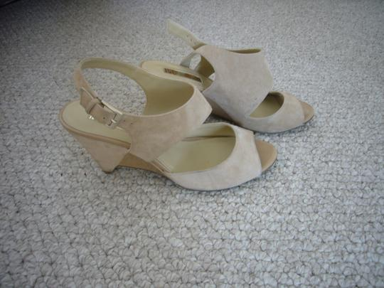 INC International Concepts cream Wedges