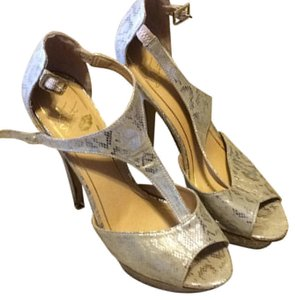 Colin Stuart Metallic Platforms