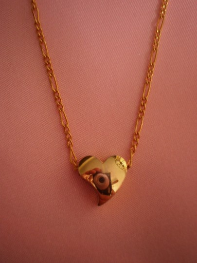 Preload https://item1.tradesy.com/images/gold-like-new-heart-necklace-152935-0-0.jpg?width=440&height=440