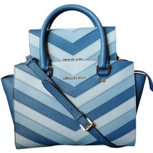 Michael Kors Satchel in SKY BLUE